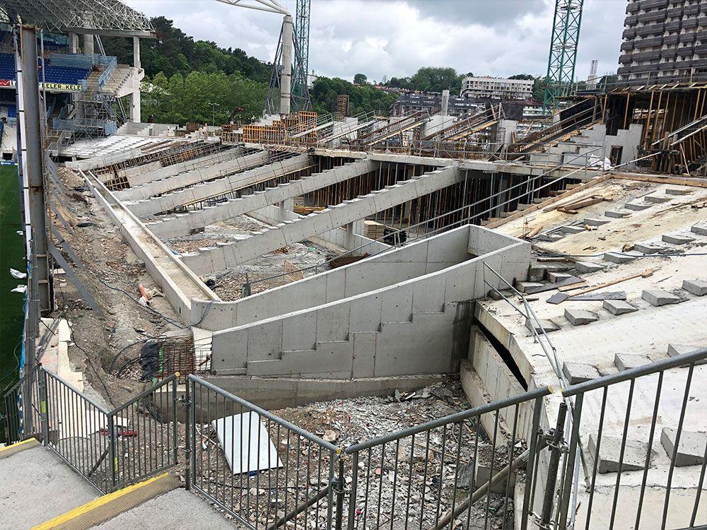 proceso de construccion de campo de futbol anoeta