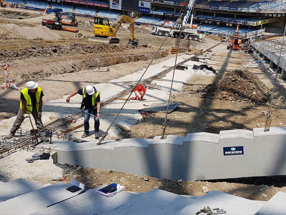proceso de construccion gradas de hormigon campo de futbol
