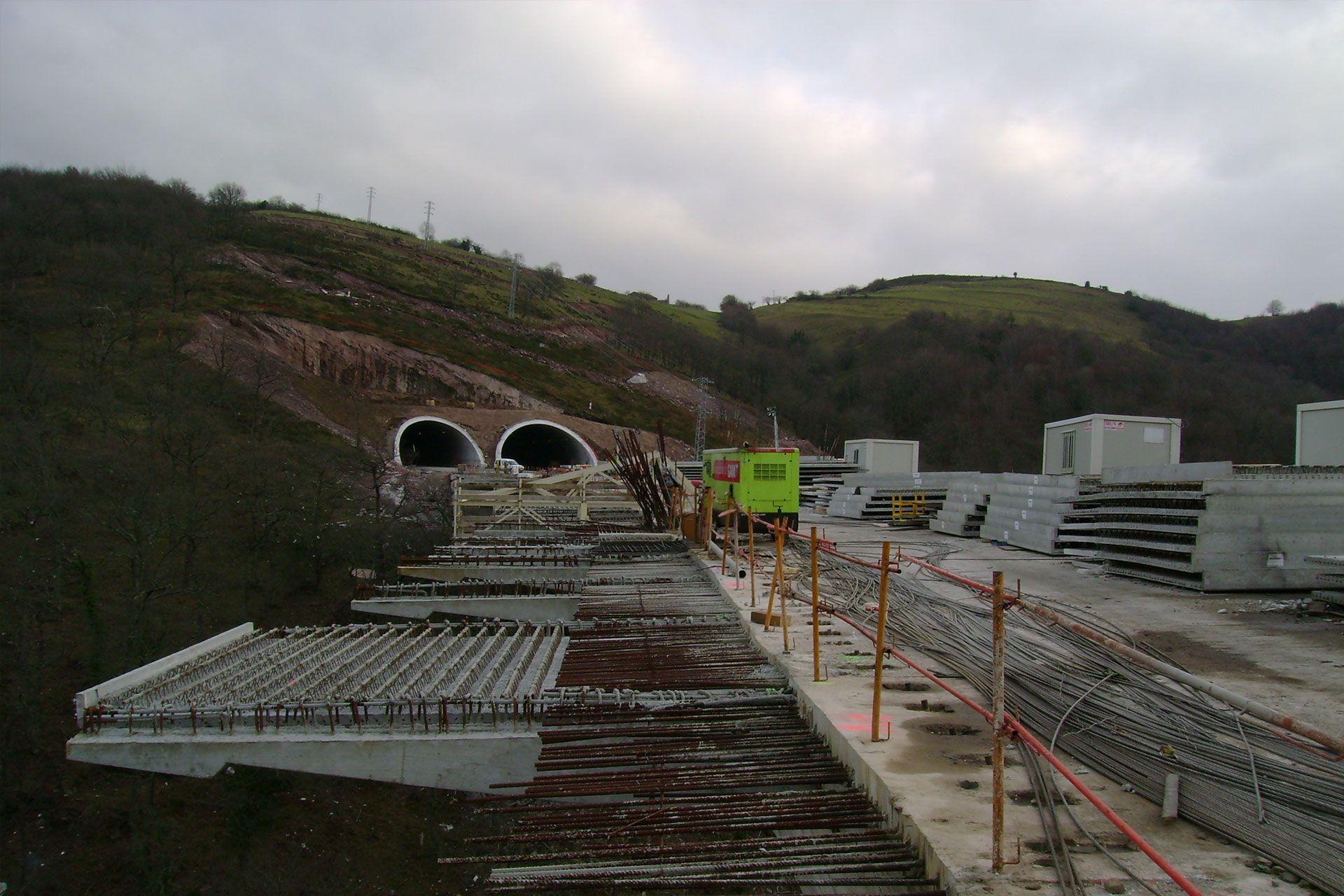 prelosas contruccion de viaductos montabliz rocacero en cantabria